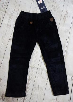 Вельветовые брюки 104-110. для мальчика. венгрия.
