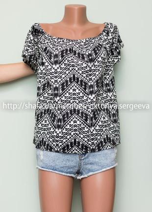 Большой выбор блуз - новая с биркой актуальная блуза с открытыми плечами