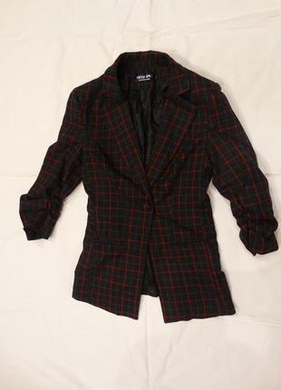 Пиджак для девочки -подростка