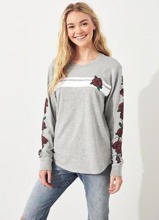 Фирменный реглан, свитшот, кофта с розами. оригинал. длинный рукав. розы.