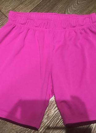 Спортивные шорты  на девочку