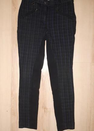 Модные клетчатые брюки