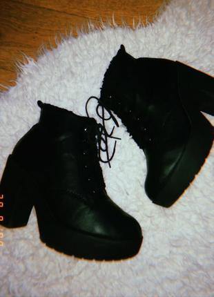 Ботинки женские ботинки на шнуровке ботинки на толстом каблуке