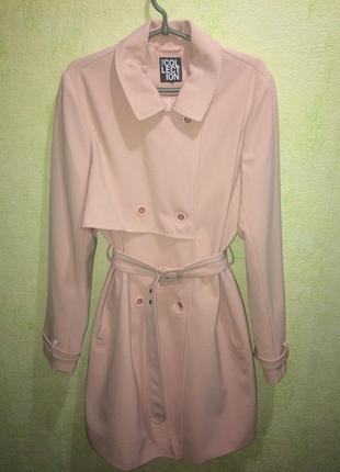 Пальто нежно -розового (пудрового)цвета