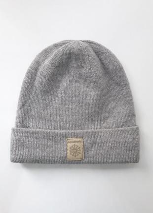Мужская отличная шапка reebok classic