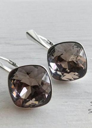 Серебряные серьги с оригинальными кристаллами сваровски