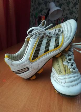 Бутсы кеды для фудбола размер 35 adidas