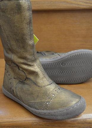 Кожаные демисезонные сапоги primigi britte, размер 26