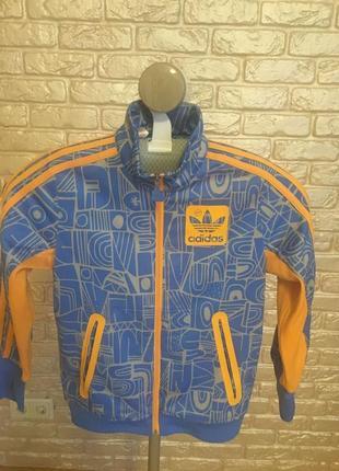 Куртка adidas,140