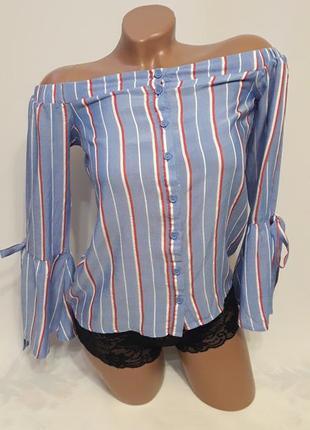 Актуальна блуза с открытыми плечиками