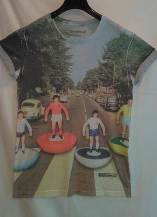 Модная  классная  футболка