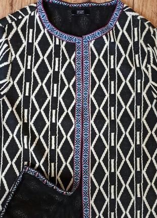 Необычный жакет с черно-белым принтом и вышивкой. накидка. пиджак. подписчикам скидка!