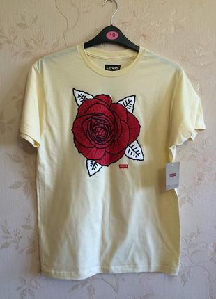 Оригинальная  стильная футболка levis, размер м