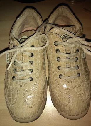 Кроссовки туфли 28 размер 18 см стелька