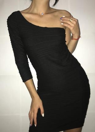 Платье бандажное в рубчик приталенное обтягивающее с м 36 38