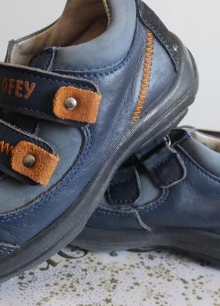Отличные кожаные туфли котофей размер 27 стелька 17,5 см