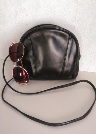Натуральная кожа,сумочка-кроссбоди с длинной ручкой,есть нюанс,debenhams