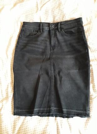 Супер стильна джинсова спідничка l.o.g.g.for h&m