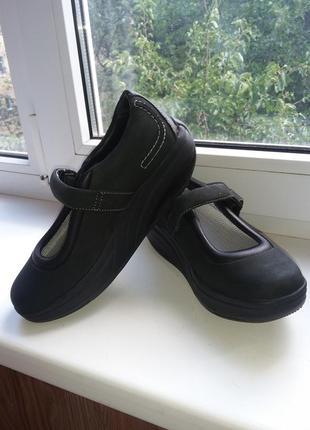 Новые туфли для фитнеса (похудения) mbt