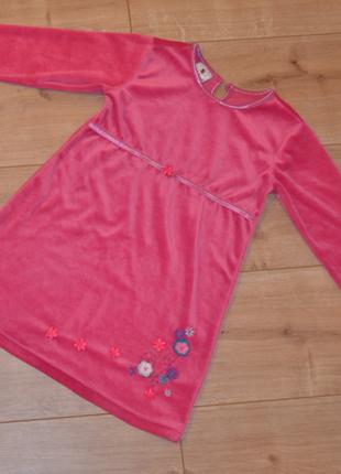 Велюровое платье ladybird на 2-3 года.