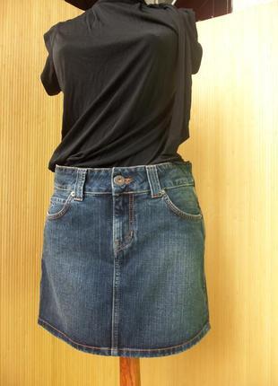 Джинсовая юбка мини  с потертостями tommi hilfiger
