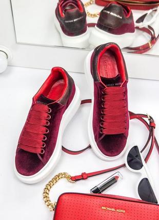 Шикарные велюровые женские кроссовки alexander mcqueen