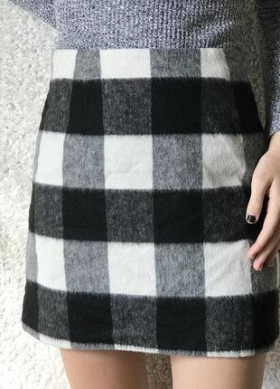 Короткая мини юбка в клетку, клетчатая, черно-белая, шерстяная, теплая,