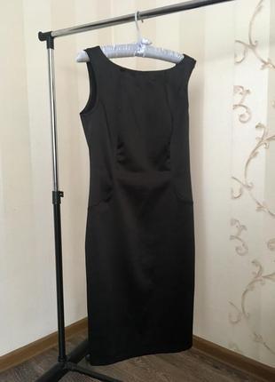 Чёрное миди платье