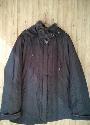 Женская осення весення куртка 56 58 размер с капюшоном батал большой размер plus size