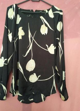 Красивая нарядная блуза р.18