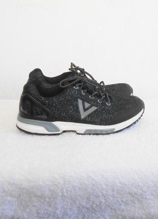 Спортивные кроссовки на платформе для фитнеса и бега