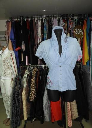 Очень стильная блузка!
