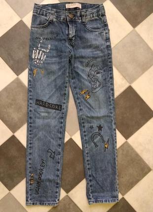 Моднявые джинсы gee jay