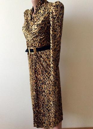 Очень красивое платье актуальный леопардовый принт. из америки