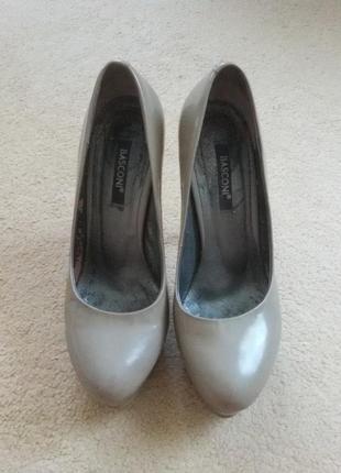 Лаковые туфли basconi
