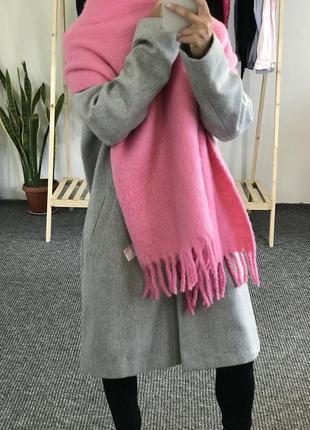 Теплый розовый шарф h&m