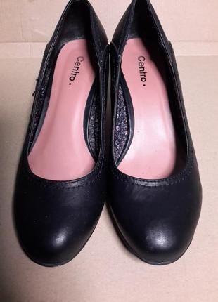 Осенние туфли на среднем каблуке