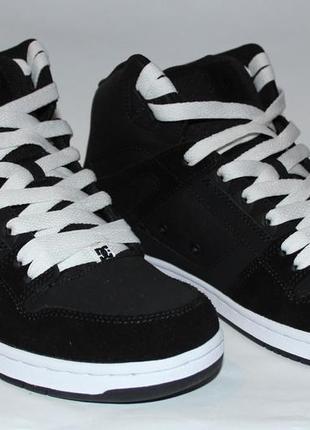 Кожаные кроссовки dc shoes евро 42,5 стелька 27,5 см