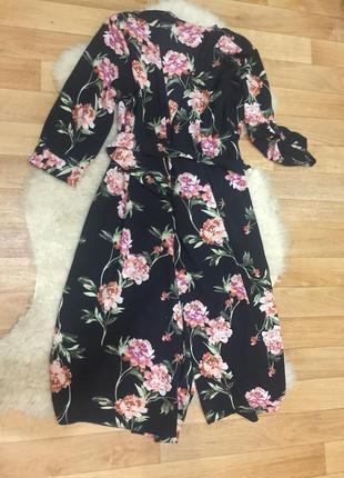 Шикарное платье миди халат на запах в цветах