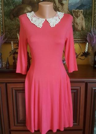 Платье с воротником кружевом школьница