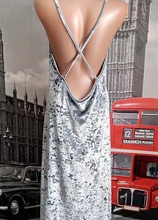 Італійська бархатна сіро- срібляста сукня з відкритою спинкою
