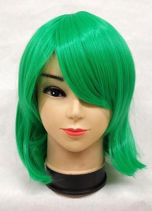 Парик прямой каре с косой челкой зеленый 3641