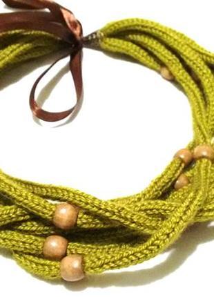 Тёплые бусы, колье, вязаное украшение