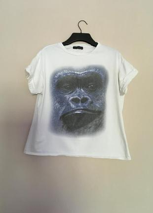 Широкая футболка
