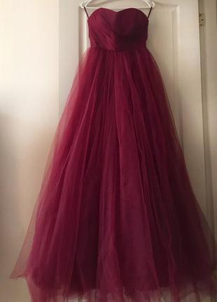 Продаю безумно красивое платье