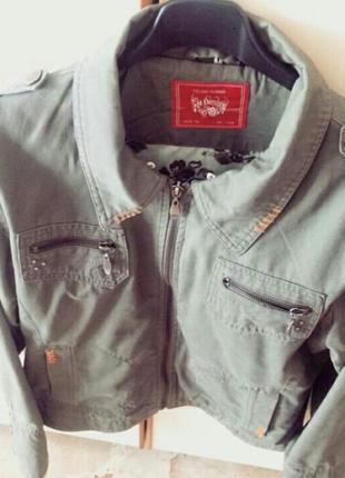 Осіння курточка,колір хаки