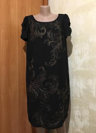 Роскошное платье с декоративной вышивкой,m&s