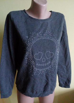 Кофта реглан свитер тепла с черепом на s-m.оверсайз.