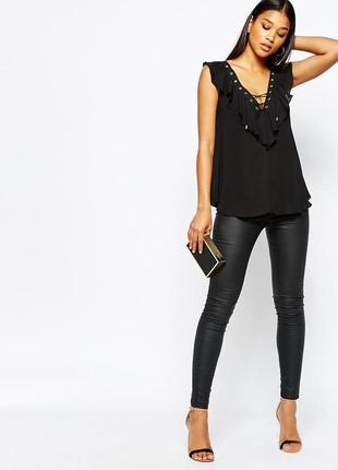 Новый черный шифоновый топ с люверсами и декольте шнуровке lipsy london блузка с оборками