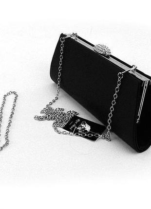 Вечерняя черная сумка-клатч на цепочке через плечо матовая со стразами